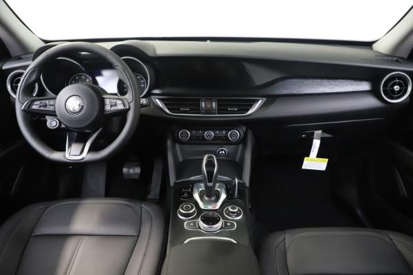 New 2020 Alfa Romeo Stelvio Sport Q4 for sale Sold at Rolls-Royce Motor Cars Greenwich in Greenwich CT 06830 16