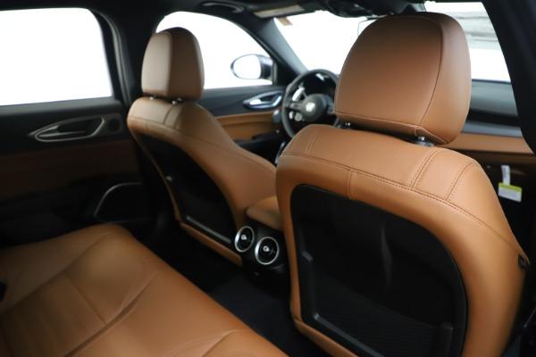 New 2020 Alfa Romeo Giulia Ti Sport Q4 for sale $53,190 at Rolls-Royce Motor Cars Greenwich in Greenwich CT 06830 28