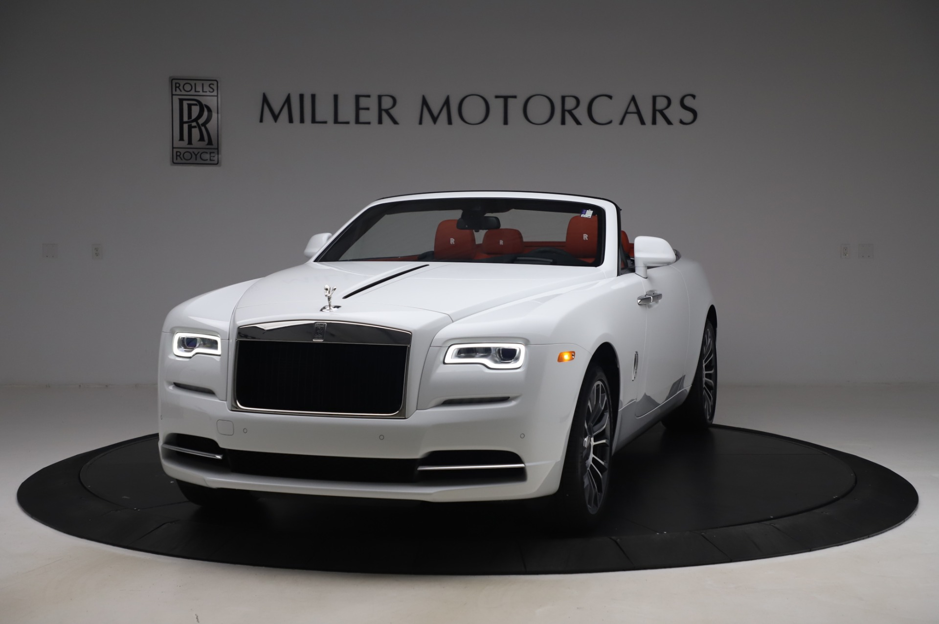 New 2020 Rolls-Royce Dawn for sale $404,675 at Rolls-Royce Motor Cars Greenwich in Greenwich CT 06830 1