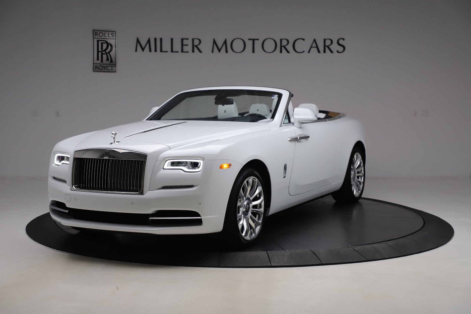 New 2020 Rolls-Royce Dawn for sale $401,175 at Rolls-Royce Motor Cars Greenwich in Greenwich CT 06830 1