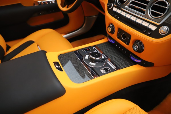 New 2020 Rolls-Royce Dawn Black Badge for sale $482,125 at Rolls-Royce Motor Cars Greenwich in Greenwich CT 06830 27