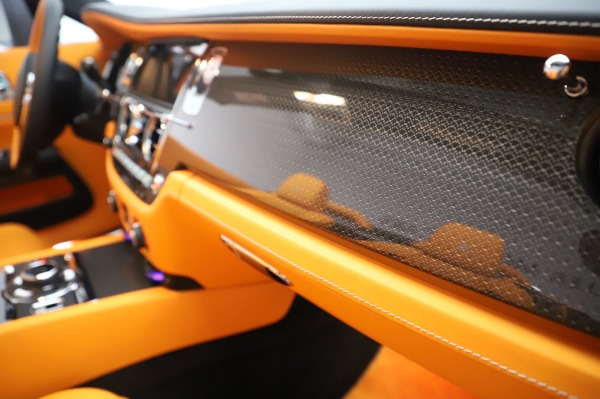New 2020 Rolls-Royce Dawn Black Badge for sale $482,125 at Rolls-Royce Motor Cars Greenwich in Greenwich CT 06830 28