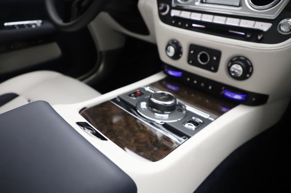 New 2020 Rolls-Royce Dawn for sale $384,875 at Rolls-Royce Motor Cars Greenwich in Greenwich CT 06830 25