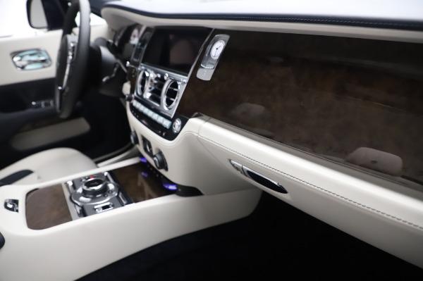 New 2020 Rolls-Royce Dawn for sale $384,875 at Rolls-Royce Motor Cars Greenwich in Greenwich CT 06830 26