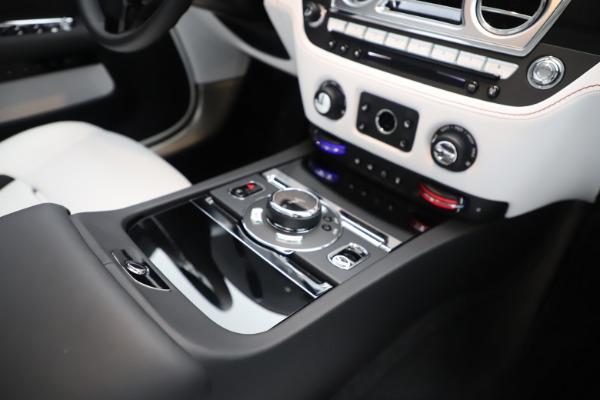 New 2020 Rolls-Royce Dawn for sale $386,250 at Rolls-Royce Motor Cars Greenwich in Greenwich CT 06830 27