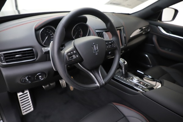 New 2020 Maserati Levante Q4 GranSport for sale $88,885 at Rolls-Royce Motor Cars Greenwich in Greenwich CT 06830 13