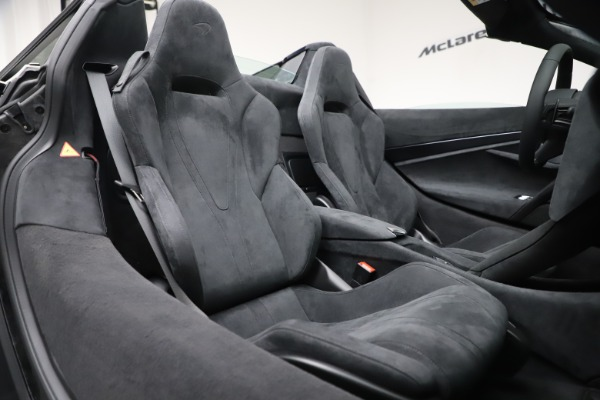 Used 2020 McLaren 720S Spider Convertible for sale $299,900 at Rolls-Royce Motor Cars Greenwich in Greenwich CT 06830 26