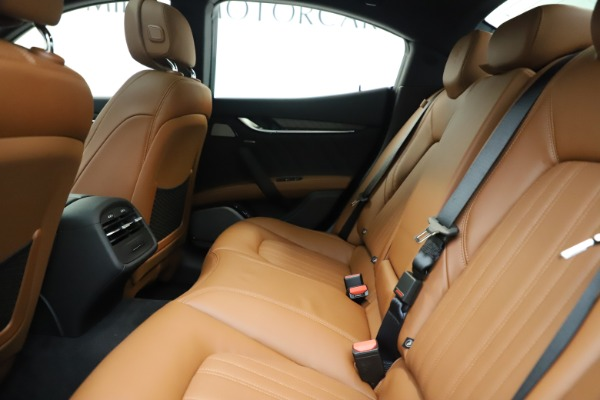 New 2019 Maserati Ghibli S Q4 GranLusso for sale $98,095 at Rolls-Royce Motor Cars Greenwich in Greenwich CT 06830 19