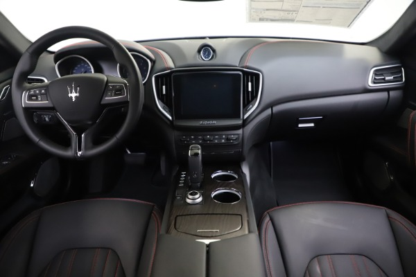 New 2019 Maserati Ghibli S Q4 GranLusso for sale Sold at Rolls-Royce Motor Cars Greenwich in Greenwich CT 06830 16