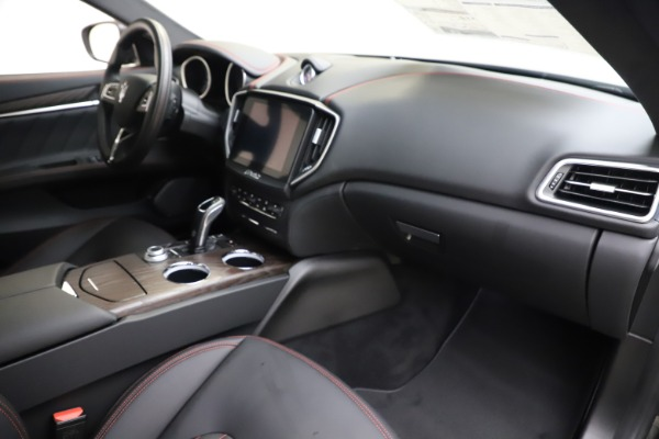 New 2019 Maserati Ghibli S Q4 GranLusso for sale Sold at Rolls-Royce Motor Cars Greenwich in Greenwich CT 06830 22