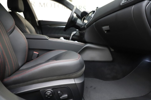 New 2019 Maserati Ghibli S Q4 GranLusso for sale $98,395 at Rolls-Royce Motor Cars Greenwich in Greenwich CT 06830 23