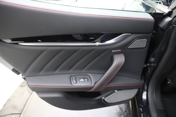 New 2019 Maserati Ghibli S Q4 GranSport for sale Sold at Rolls-Royce Motor Cars Greenwich in Greenwich CT 06830 21