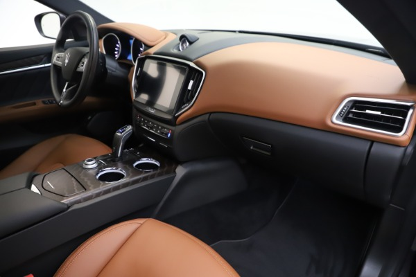 New 2019 Maserati Ghibli S Q4 GranLusso for sale $98,095 at Rolls-Royce Motor Cars Greenwich in Greenwich CT 06830 22