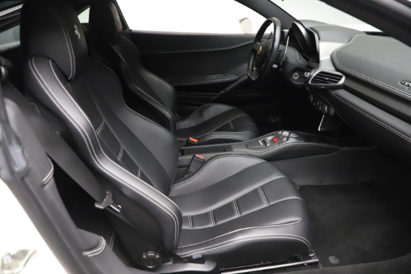 Used 2013 Ferrari 458 Italia for sale $186,900 at Rolls-Royce Motor Cars Greenwich in Greenwich CT 06830 18