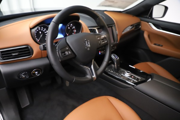 New 2020 Maserati Levante Q4 for sale $79,935 at Rolls-Royce Motor Cars Greenwich in Greenwich CT 06830 13