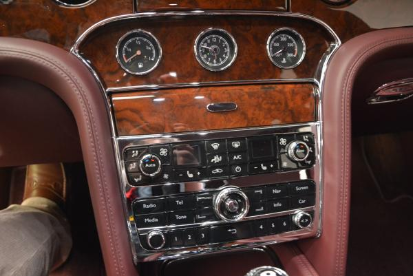 Used 2011 Bentley Mulsanne for sale Sold at Rolls-Royce Motor Cars Greenwich in Greenwich CT 06830 23