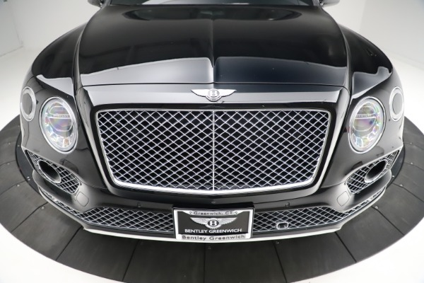 Used 2017 Bentley Bentayga W12 for sale $139,900 at Rolls-Royce Motor Cars Greenwich in Greenwich CT 06830 13