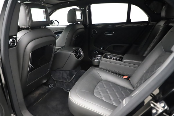 Used 2016 Bentley Mulsanne Speed for sale $156,900 at Rolls-Royce Motor Cars Greenwich in Greenwich CT 06830 20