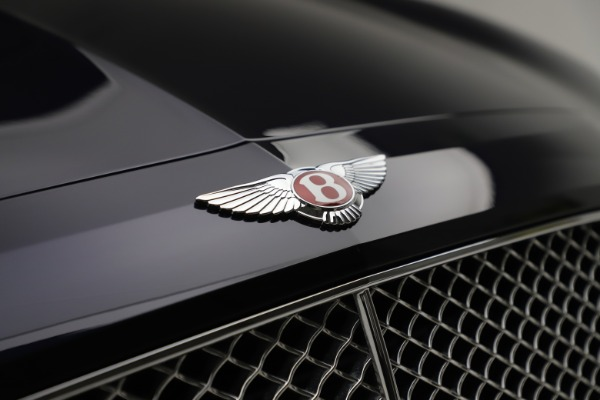Used 2016 Bentley Flying Spur V8 for sale $114,900 at Rolls-Royce Motor Cars Greenwich in Greenwich CT 06830 14