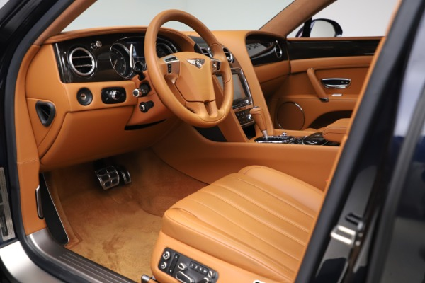 Used 2016 Bentley Flying Spur V8 for sale $114,900 at Rolls-Royce Motor Cars Greenwich in Greenwich CT 06830 17