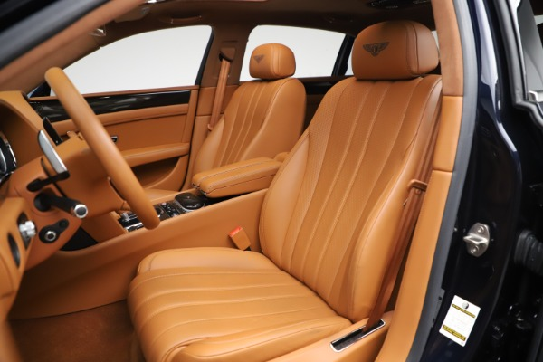 Used 2016 Bentley Flying Spur V8 for sale $114,900 at Rolls-Royce Motor Cars Greenwich in Greenwich CT 06830 19