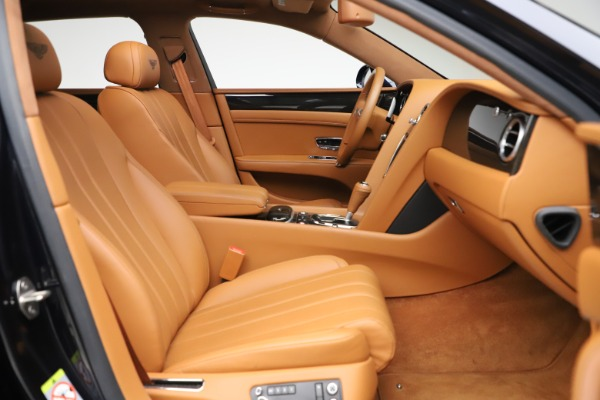 Used 2016 Bentley Flying Spur V8 for sale $114,900 at Rolls-Royce Motor Cars Greenwich in Greenwich CT 06830 23