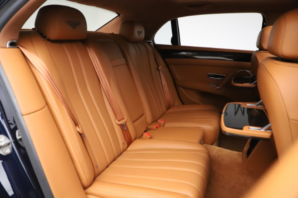 Used 2016 Bentley Flying Spur V8 for sale $114,900 at Rolls-Royce Motor Cars Greenwich in Greenwich CT 06830 27