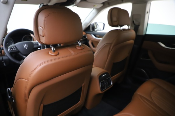 New 2020 Maserati Levante S Q4 GranLusso for sale $96,785 at Rolls-Royce Motor Cars Greenwich in Greenwich CT 06830 20
