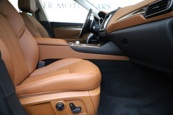 New 2020 Maserati Levante S Q4 GranLusso for sale $83,659 at Rolls-Royce Motor Cars Greenwich in Greenwich CT 06830 23