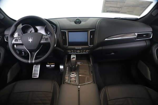New 2020 Maserati Levante S Q4 GranSport for sale $106,585 at Rolls-Royce Motor Cars Greenwich in Greenwich CT 06830 16