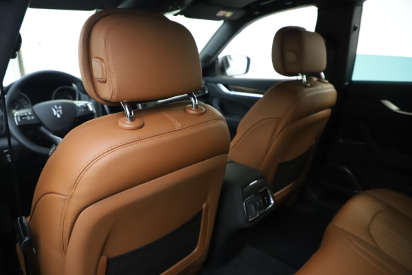 New 2020 Maserati Levante Q4 GranLusso for sale $86,935 at Rolls-Royce Motor Cars Greenwich in Greenwich CT 06830 20