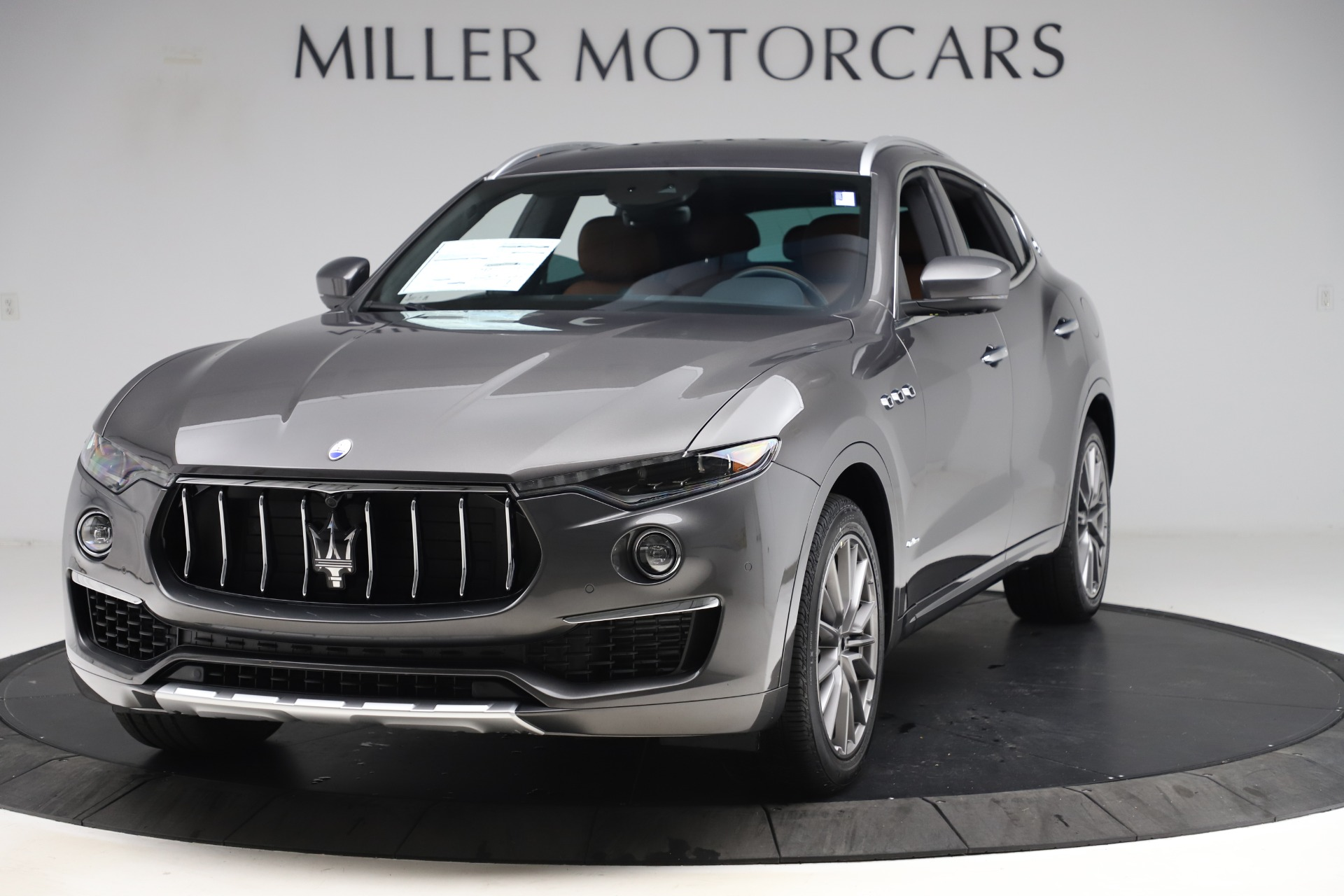 New 2020 Maserati Levante Q4 GranLusso for sale $86,935 at Rolls-Royce Motor Cars Greenwich in Greenwich CT 06830 1