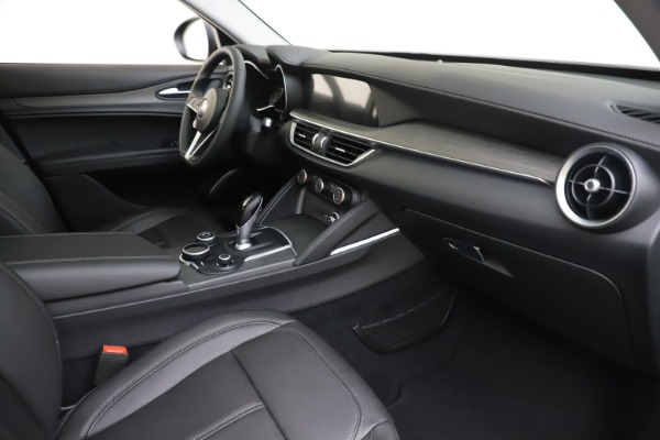 New 2019 Alfa Romeo Stelvio Ti Q4 for sale $51,090 at Rolls-Royce Motor Cars Greenwich in Greenwich CT 06830 22