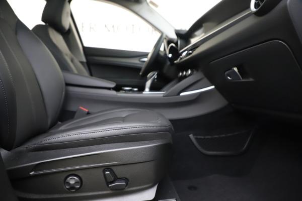 New 2019 Alfa Romeo Stelvio Ti Q4 for sale $51,090 at Rolls-Royce Motor Cars Greenwich in Greenwich CT 06830 23
