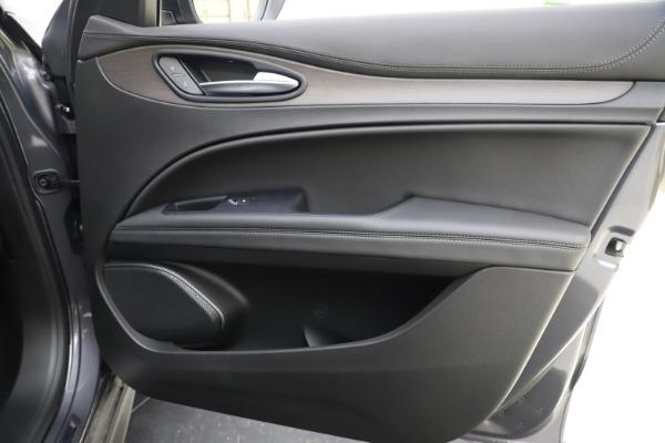 New 2019 Alfa Romeo Stelvio Ti Q4 for sale $51,090 at Rolls-Royce Motor Cars Greenwich in Greenwich CT 06830 25
