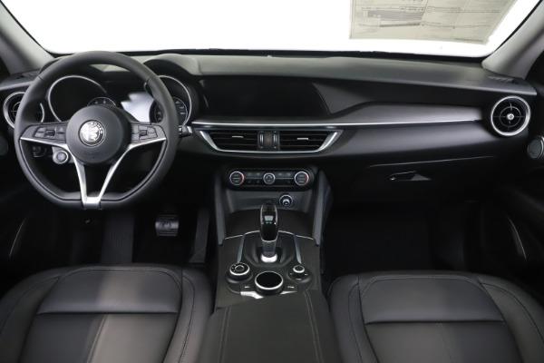 New 2019 Alfa Romeo Stelvio Ti Q4 for sale $51,490 at Rolls-Royce Motor Cars Greenwich in Greenwich CT 06830 16