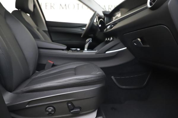 New 2019 Alfa Romeo Stelvio Ti Q4 for sale $51,490 at Rolls-Royce Motor Cars Greenwich in Greenwich CT 06830 23