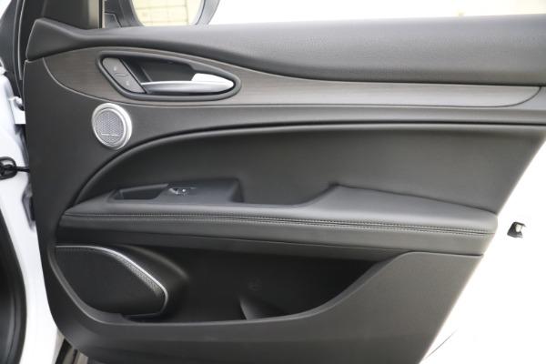 New 2019 Alfa Romeo Stelvio Ti Q4 for sale $51,490 at Rolls-Royce Motor Cars Greenwich in Greenwich CT 06830 25