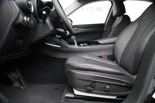 New 2019 Alfa Romeo Stelvio Ti Q4 for sale $51,840 at Rolls-Royce Motor Cars Greenwich in Greenwich CT 06830 14