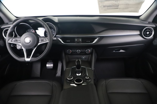 New 2019 Alfa Romeo Stelvio Ti Q4 for sale $51,840 at Rolls-Royce Motor Cars Greenwich in Greenwich CT 06830 16