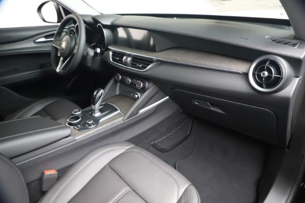New 2019 Alfa Romeo Stelvio Ti Q4 for sale $51,840 at Rolls-Royce Motor Cars Greenwich in Greenwich CT 06830 22