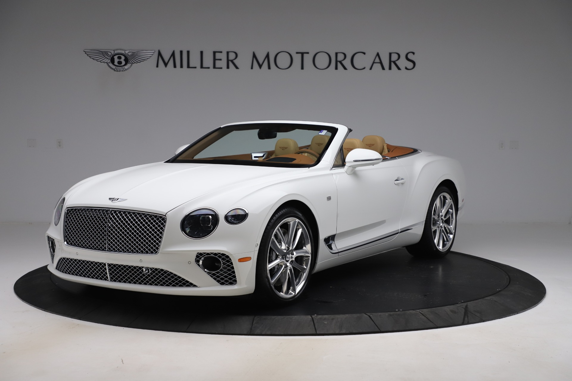 New 2020 Bentley Continental GTC V8 for sale $279,560 at Rolls-Royce Motor Cars Greenwich in Greenwich CT 06830 1