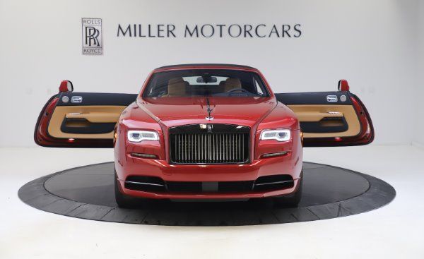 Used 2019 Rolls-Royce Dawn Black Badge for sale $349,900 at Rolls-Royce Motor Cars Greenwich in Greenwich CT 06830 18