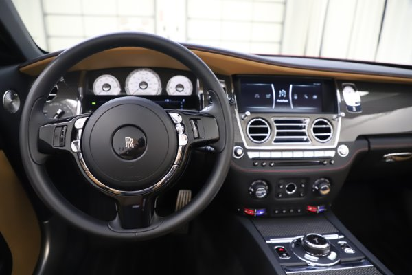 Used 2019 Rolls-Royce Dawn Black Badge for sale $349,900 at Rolls-Royce Motor Cars Greenwich in Greenwich CT 06830 23