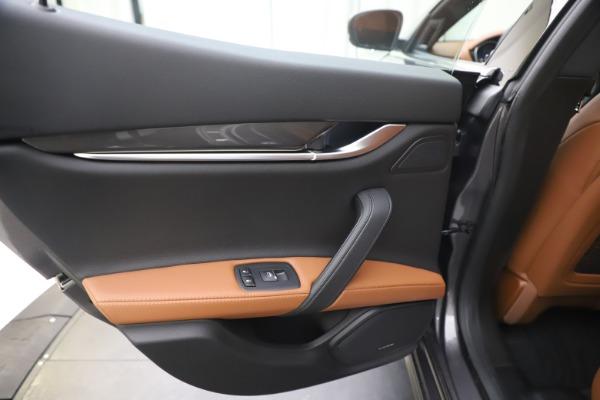 New 2020 Maserati Ghibli S Q4 for sale $86,285 at Rolls-Royce Motor Cars Greenwich in Greenwich CT 06830 21