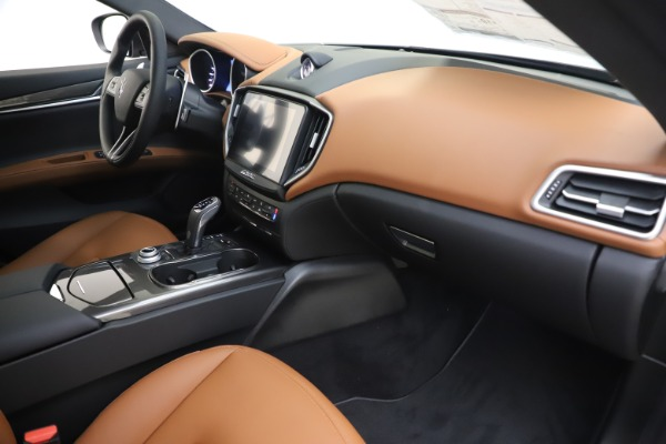 New 2020 Maserati Ghibli S Q4 for sale $86,285 at Rolls-Royce Motor Cars Greenwich in Greenwich CT 06830 22