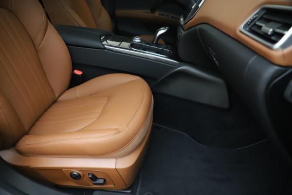 New 2020 Maserati Ghibli S Q4 for sale $86,285 at Rolls-Royce Motor Cars Greenwich in Greenwich CT 06830 24