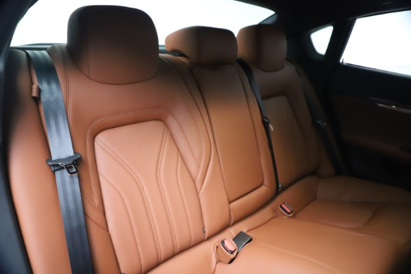 New 2020 Maserati Quattroporte S Q4 GranLusso for sale Sold at Rolls-Royce Motor Cars Greenwich in Greenwich CT 06830 26