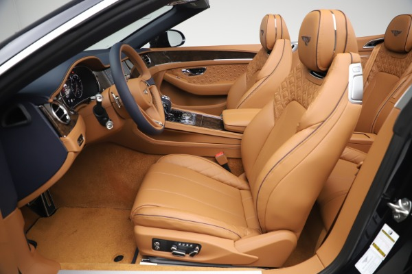New 2020 Bentley Continental GTC W12 for sale $292,575 at Rolls-Royce Motor Cars Greenwich in Greenwich CT 06830 25