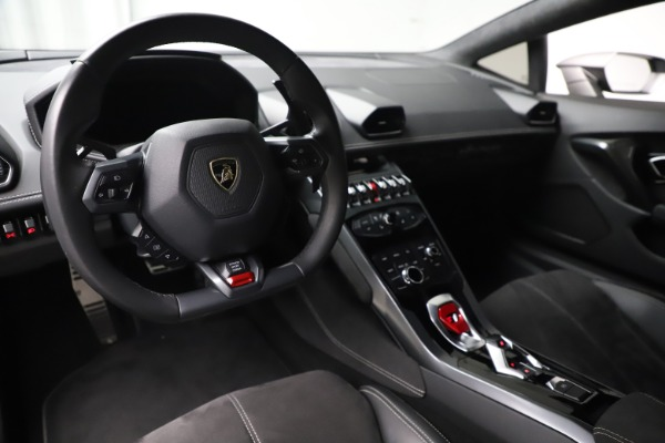 Used 2017 Lamborghini Huracan LP 580-2 for sale Sold at Rolls-Royce Motor Cars Greenwich in Greenwich CT 06830 13